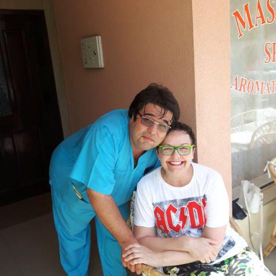 Nikolay Kosev fyzioterapeut a jeho názorná praxe je velkým plusem
